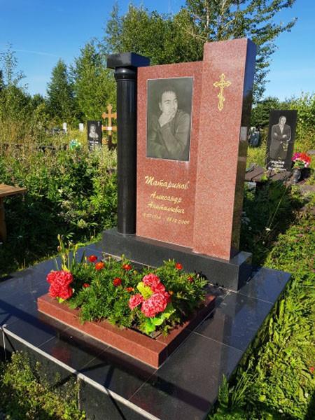 Памятники гранит ижевск изготовление плит надгробных